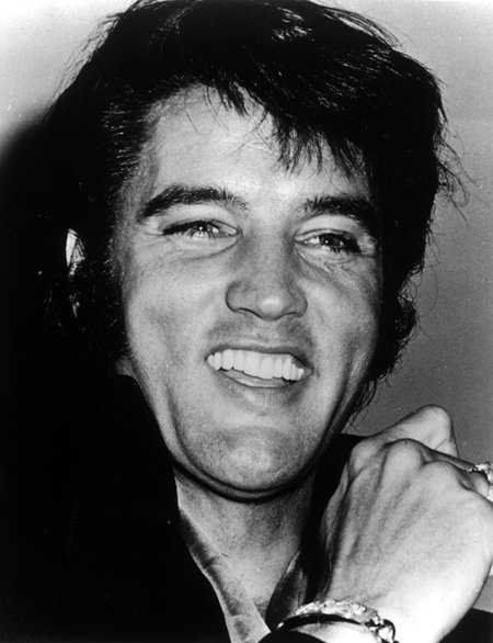 elvis69laughing.jpg